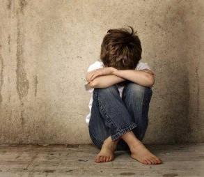 Lucía del Prado da voz a hijos forzados a odiar a uno de sus padres: «Las sentencias se incumplen y no pasa nada»  Ver más en: https://www.20minutos.es/noticia/3529548/0/lucia-del-prado-libro-ninos-victimas-divorcios-alta-conflictividad/#xtor=AD-15&xts=467263