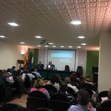Los letrados de AEMAVE (aso.veterinarios de Málaga)  José Ignacio Francés y Francisco J. Redondo impartirán este sábado un seminario en el colegio de veterinarios de Málaga